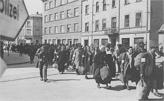 320px-Krakow_Ghetto_06694