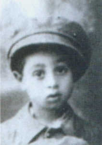 Ovadia_Yosef_as_a_child